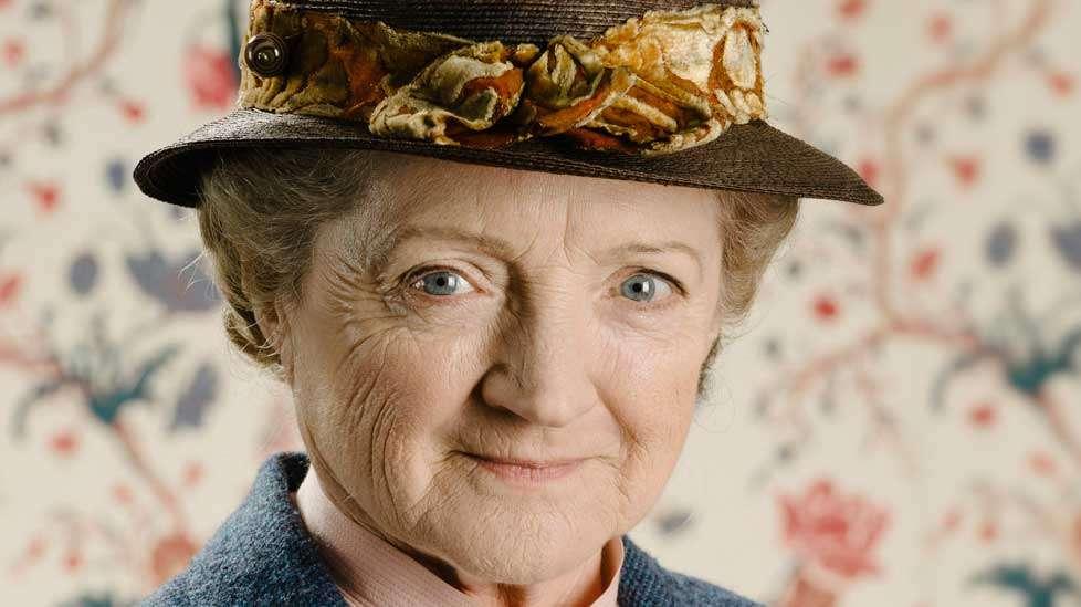 Neiti Marple palaa